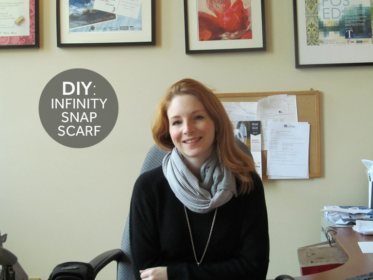 infinity-scarf-diy-holiday-gift